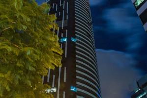 Infinity_Tower_(Brisbane)_2013-04