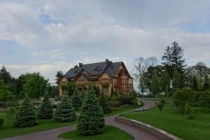 Janukowitschs_ehemalige_Villa_nördlich_von_Kiew